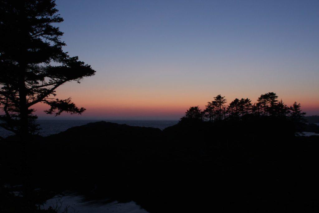 Sleepy night sky just after sunset.
